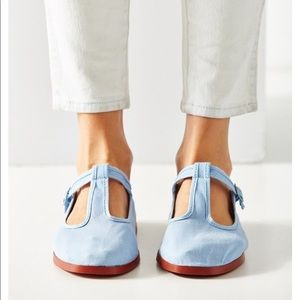 ⭐️NWOT⭐️Urban Outfitters Blue Mary Janes